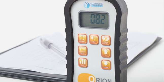 The 940 and 950 Orion meters can collect data manually or automatically