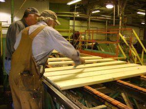 Hardwood Lumber Grading Explained