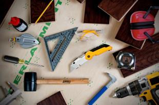 24 Essential Tools for Professional Hardwood Flooring Installation