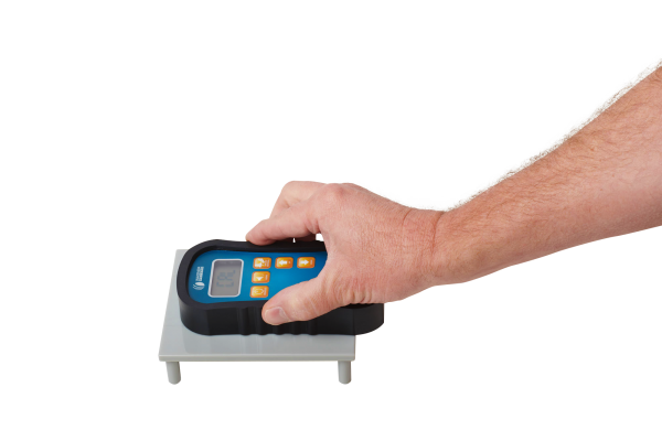 Orion 920 Moisture Meter Calibrated with On-Demand Calibrator