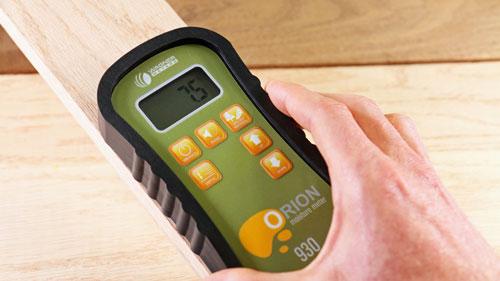 Orion 930 Moisture Meter testing wood moisture