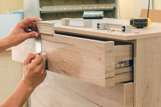 Measure a wood drawer